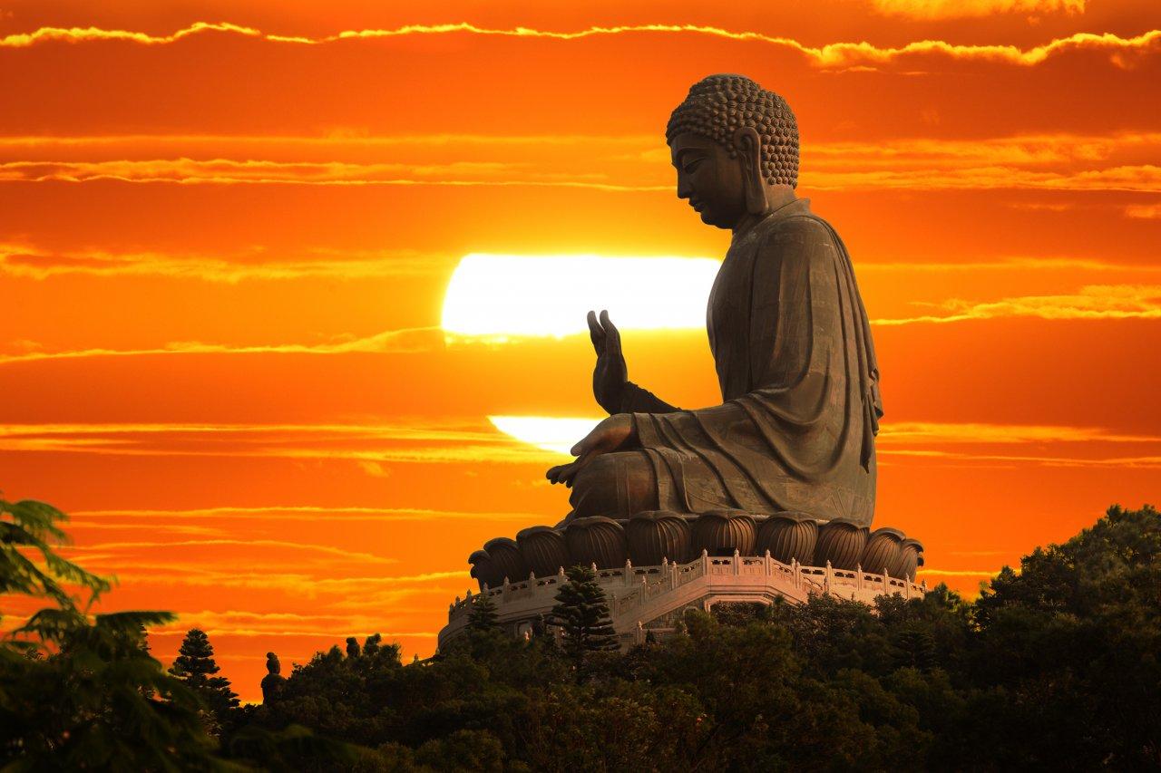 Buddhist Hour with Simon on Mountain District Radio