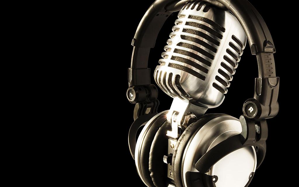 Mid Week 101.3 FM with Len Tyler on NOOSA FM