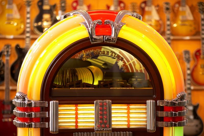 The Rocker's Jukebox with Pat Edwards with Pat Edwards on Fraser Coast Community Radio