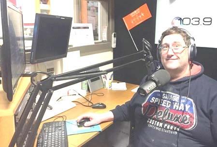 The Evening Show with Stuart Crockett on Seymour FM