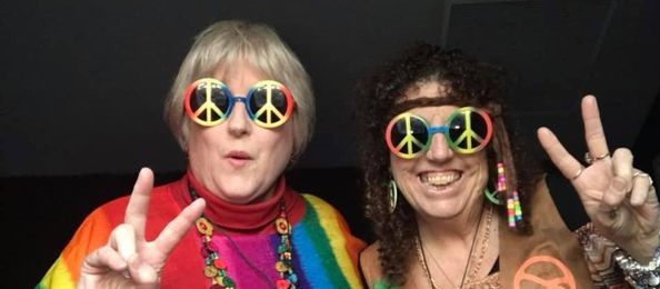Feelin' Groovy with Sandy & Vicki on RoxFM
