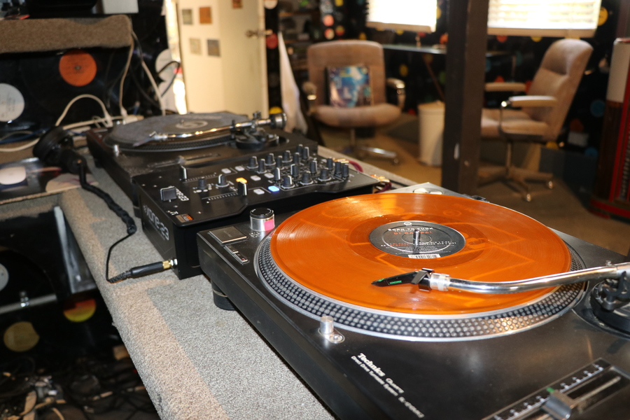 Strictly Vinyl  with INCH  on Bay FM - 99.9FM