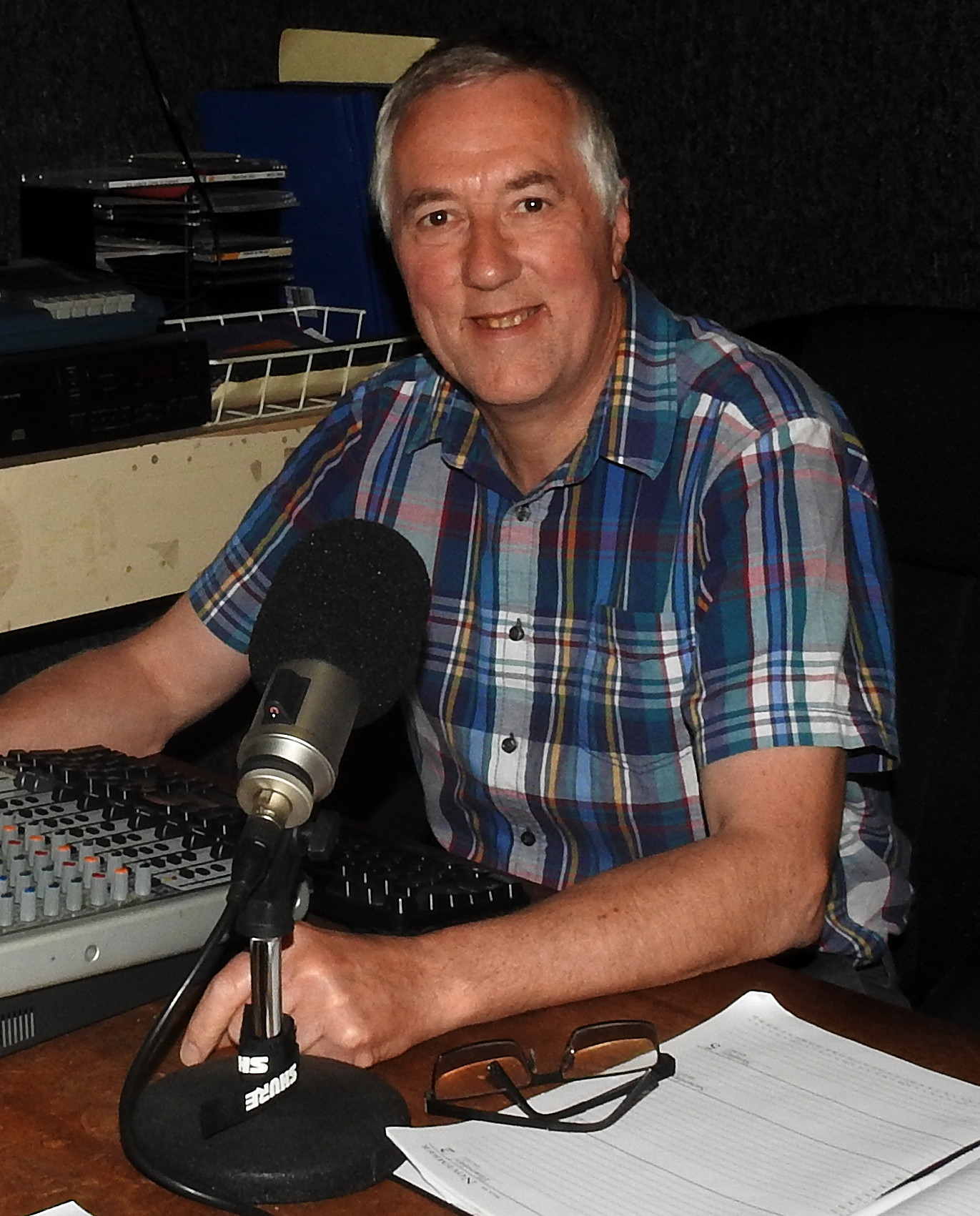 Flashback Favourites  with Don Maguire on Huon FM
