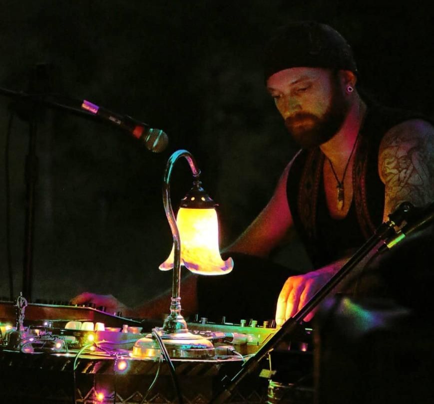 Sacred Music with Craigus McVegas on Bay FM - 99.9FM